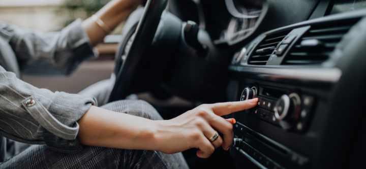analoge FM op autoradio
