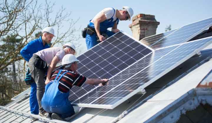 installeren zonnepanelen
